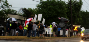Local-150-Picketers-6-14-17